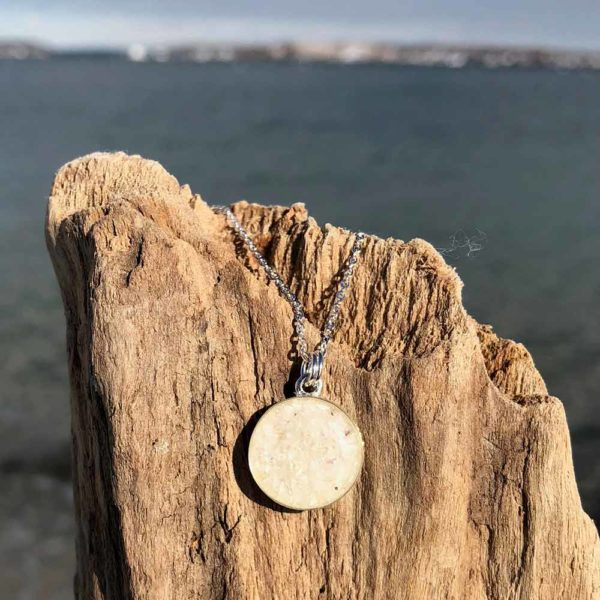 Crushed Oyster Shell Silver Mini Circle Necklace