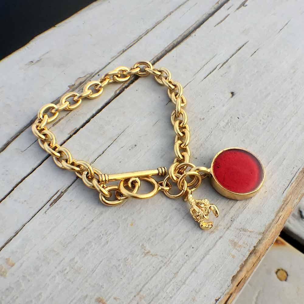 Lobster Shell Gold Charm Bracelet