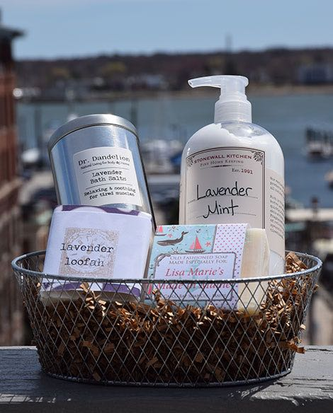 Maine Made Gift Basket, Lavender Bath Maine Made Gift Basket