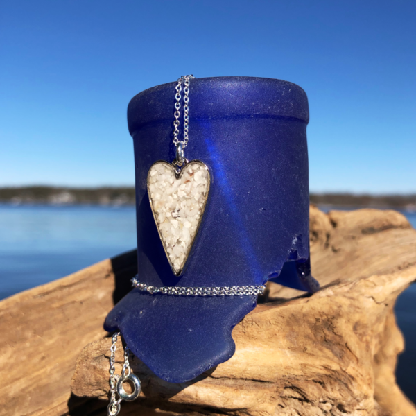 Crushed Oyster Shell Small Heart Necklace