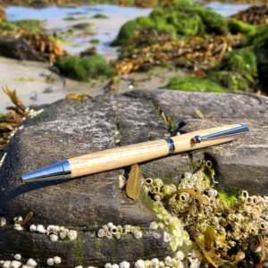 Classic Style Lobster Trap Pen