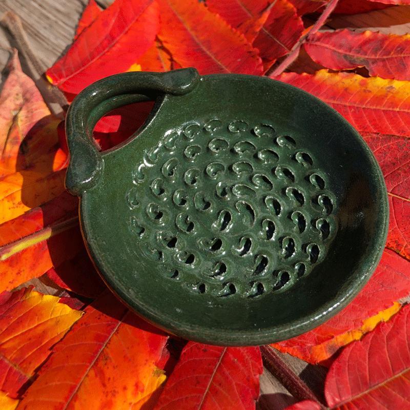 Green Chrysanthemum Dish