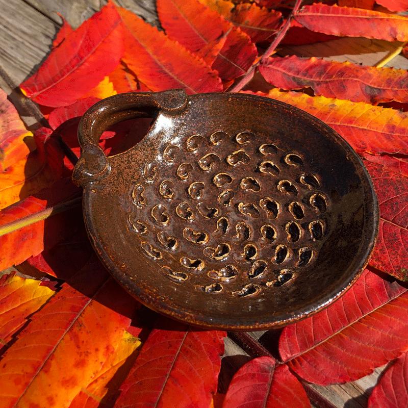Brown Chrysanthemum Dish