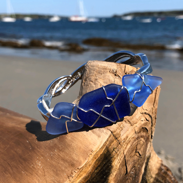 Light Blue & Cobalt Blue Sea Glass Bracelet