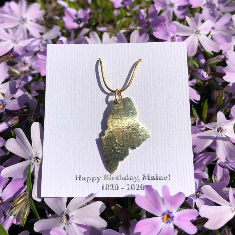 Maine Pendant in Brass
