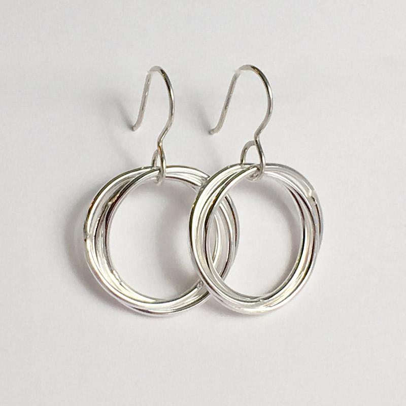 Medium Love Knot Earrings