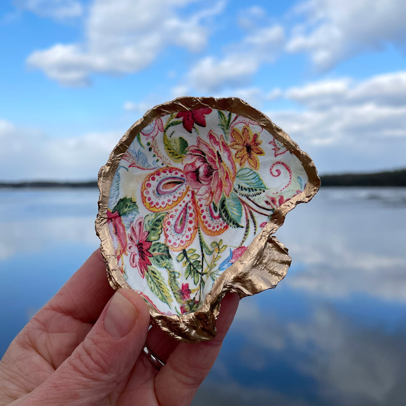 Paisley Blooms Oyster Shell Ring Dish