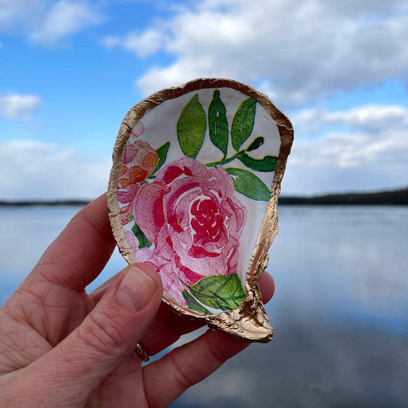 Red Peony Oyster Shell Ring Dish