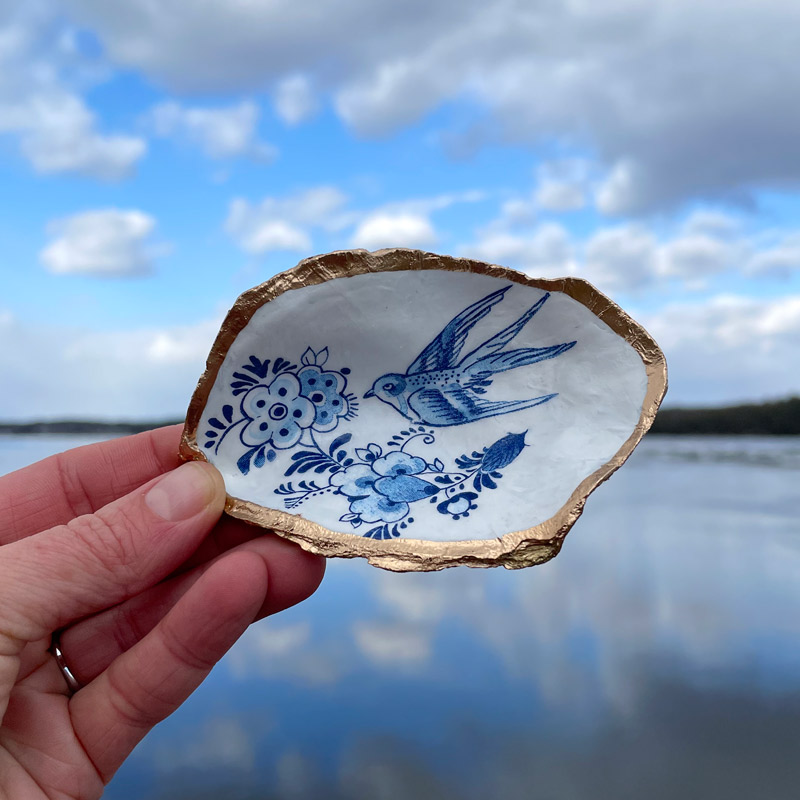 Blue Starling Oyster Ring Dish