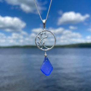 Blue Sea Glass Seaweed Circle Necklace